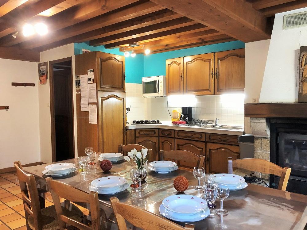 cuisine appartenant à notre gîte la Fenière des hautes Chaumes situé dans le forez proche de Chalmazel